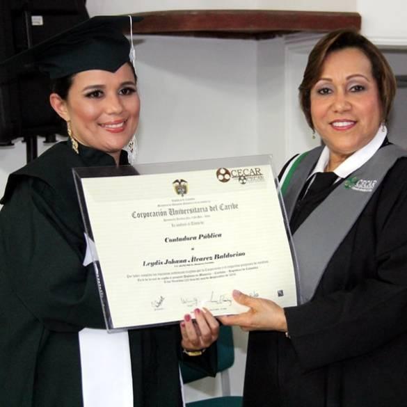 Solemne graduación en Extensión Montería