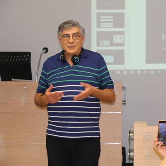 Conferencia Currículo y e- Learning