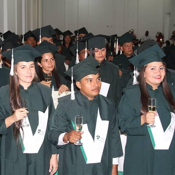 Grados en Extensión Montería