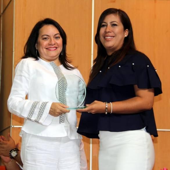 CECAR otorgó placa al Tribunal Administrativo