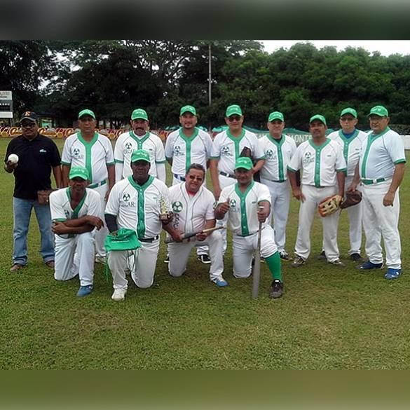 Veteranos de CECAR participan en Torneo Plus 50