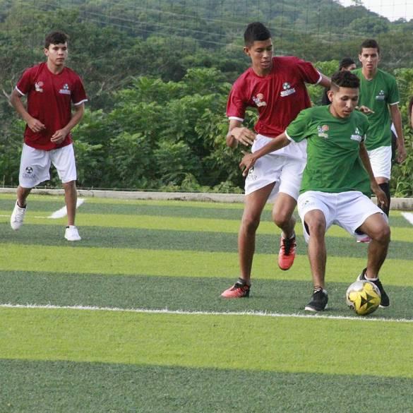 Primer Campeonato Intercolegial de Microfútbol #YOSOYCECAR
