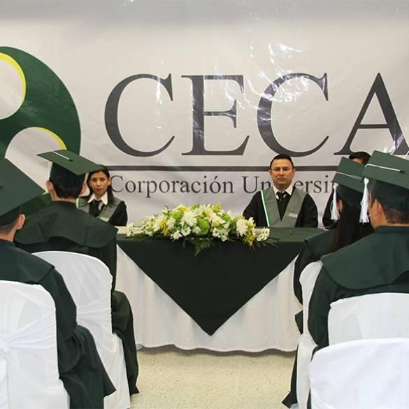 Ceremonias de graduación simultáneas
