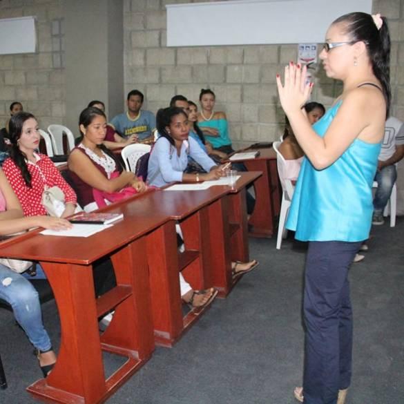Inducción de prácticas y pasantías estudiantiles